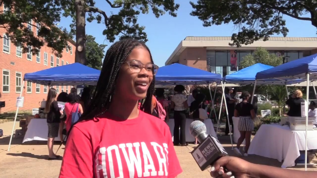 Farmers Market Transforms the Yard at Howard University
